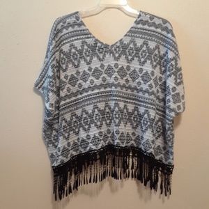 Fringed knit top by Almost Famous size XL